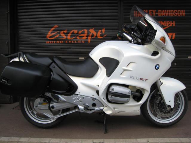 BMW R1100RT パール 005